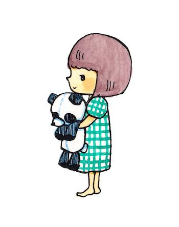 女の子とパンダのぬいぐるみ